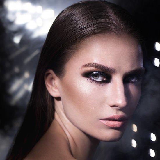מרינה מושקוביץ | צילום אופנה, ביוטי ותכשיטים